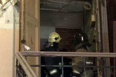 Названы причины падения потолка вдоме наВасильевском острове
