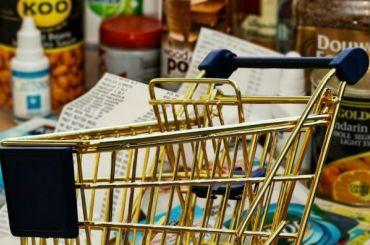 Петербуржцы поддержали возможное продление продажи алкоголя до23:00