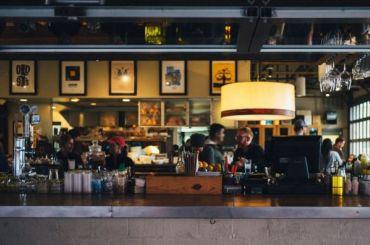 Петербург может лишиться из-за пандемии почти тысячи ресторанов