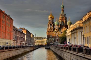Турпоток вПетербурге упал на70% посравнению с2019 годом