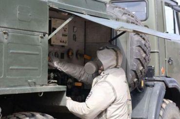 Более тысячи военных химиков дезинфицируют город отCOVID-19