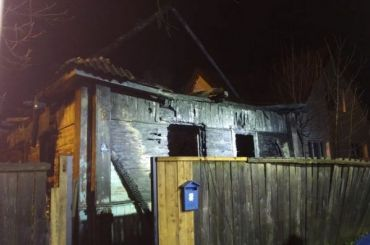 Пятеро детей погибли при пожаре вСмоленской области