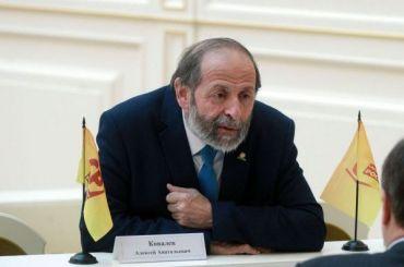 Вишневский: Нужно ставить вопрос одоверии губернатору из-за ковида