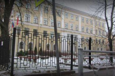 Чиновники рассказали осостоянии учеников школы №422 после отравления