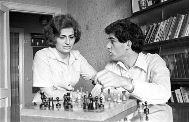Мать Гарри Каспарова умерла