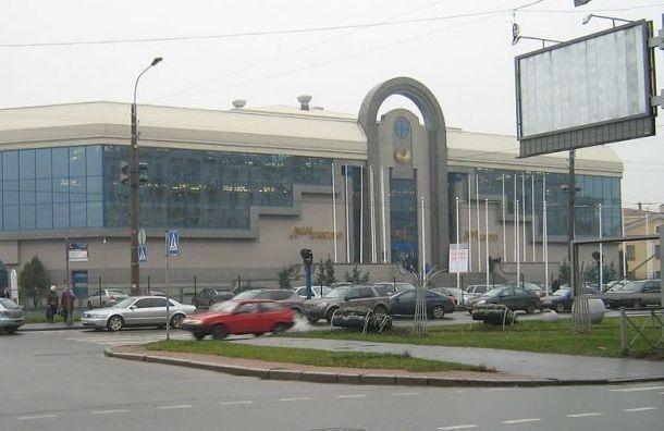 Эргашев проверил готовность нового павильона Ленэкспо с 474 койками