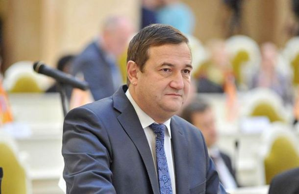 Сухенко получил выговор после концерта Басты вЛедовом дворце
