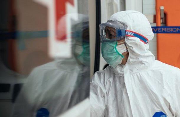 Засутки вПетербурге насчитали почти 3800 новых случаев коронавируса