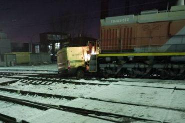Поезд въехал винкассаторскую машину «Сбербанка»