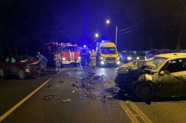 Три человека пострадали вДТП скаршерингом наПетергофском шоссе