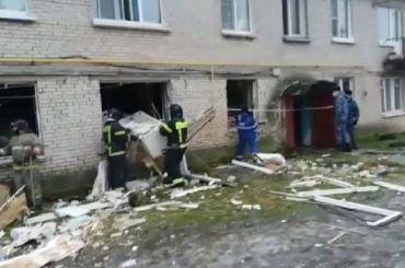 Мощный взрыв выбил окна вжилом доме под Гатчиной