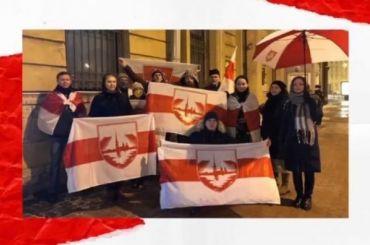 Более 10 активистов ижурналистов задержали упосольства Белоруссии