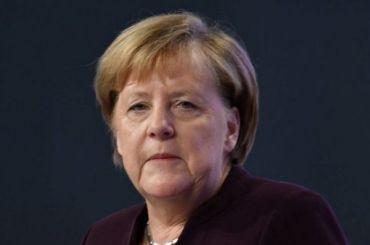 Меркель ввела вГермании общенациональный локдаун