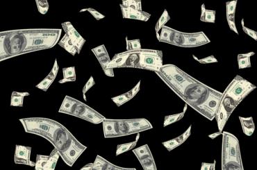 Курс доллара рухнул доминимума запоследние три месяца