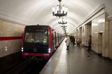 Пассажиропоток вметро Петербурга загод рухнул натреть
