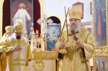 РПЦ несобирается выполнять коронавирусные ограничения Смольного