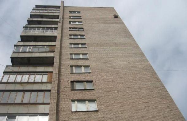 Старшеклассница выпала изокна 8-го этажа ивыжила