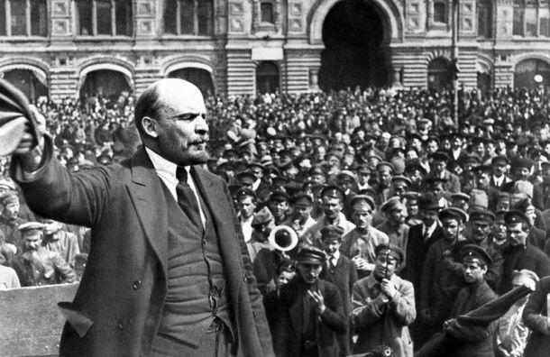 Спикер ЗакСа сравнил прилет Навального свозвращением Ленина в1917 году