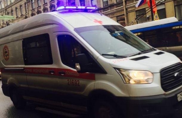 BMW врезался вкарету скорой помощи наКаменноостровском проспекте