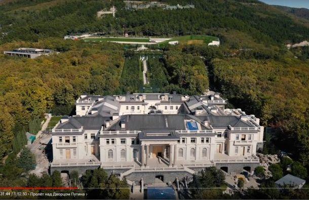 Друзья Путина могут заявить, что дворец вГеленджике принадлежит им