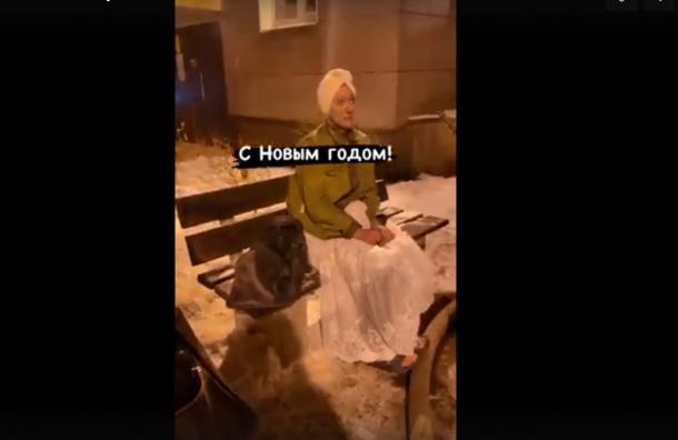 Женщина всвадебном платье подожгла свою квартиру под Всеволожском
