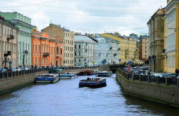 Петербург вошел втройку самых популярных направлений для зимнего отдыха