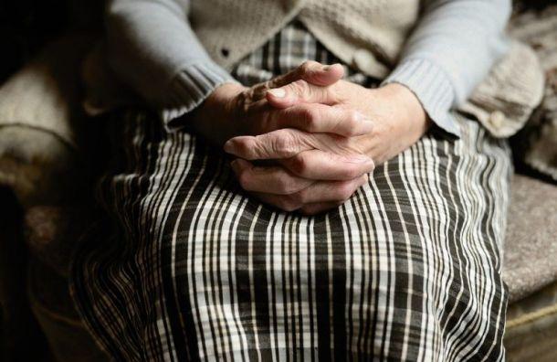 Пенсионер задушил 79-летнюю женщину перед Новым годом