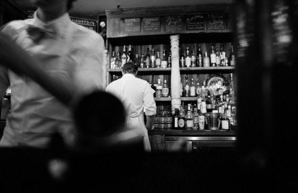 Смольный закрыл еще четыре бара заработу ночью