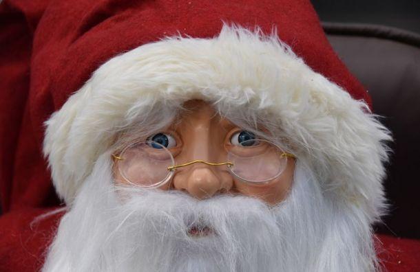 «Дед мороз» всостоянии алкогольного опьянения угнал автомобиль
