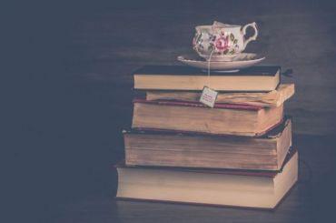 Пять книг, которые советуют кпрочтению петербургские писатели