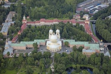Семинарский корпус Александро-Невской лавры отреставрируют ксентябрю