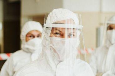 Резкое падение: коронавирус обнаружили у2116 петербуржцев засутки