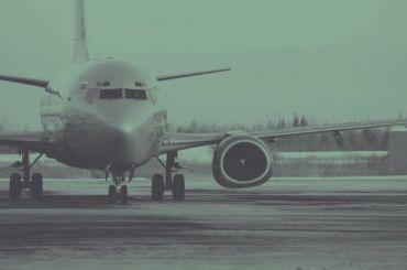 Вылетевший вМоскву самолет вернулся вПулково из-за неисправности