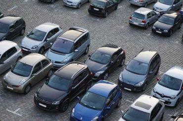 Две новые перехватывающие парковки откроют вПетербурге в2021 году