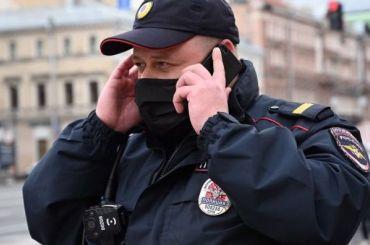 Силовики задерживают сторонников Навального повсей России