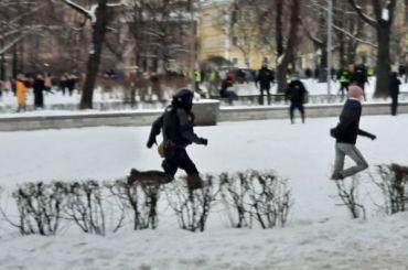 СКзавел уголовное дело после нападения наОМОН наПионерской площади