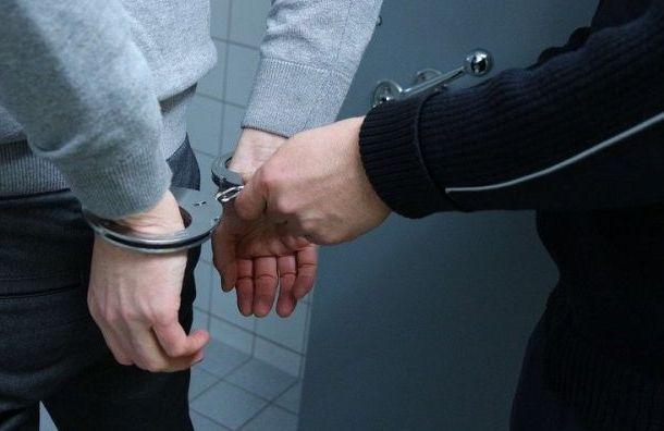Лжегазовщик жестоко изнасиловал девочку-подростка вКоммунаре