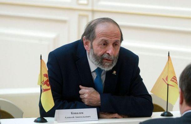 Депутатам ЗакСа перед выборами хотят запретить выступать «непотеме»