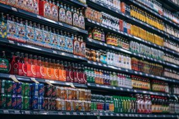 Крепкий алкоголь может исчезнуть изпродуктовых магазинов