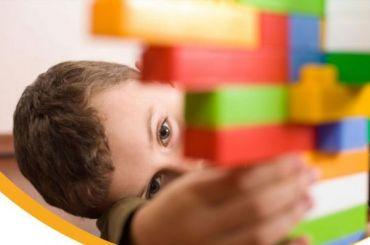 Родители детей саутизмом возмущены позицией уполномоченного поправам ребенка вПетербурге
