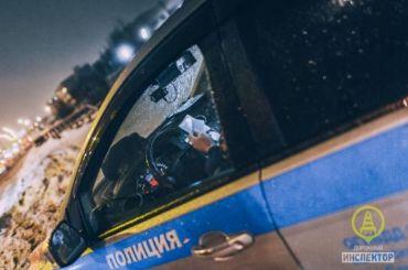 Сотрудники ДПС сострельбой остановили два автомобиля вПетербурге
