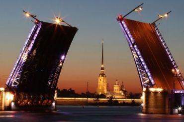 Петербург вошел в тройку самых популярных направлений для отдыха на 8 Марта