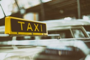 Для петербургских таксистов разработают кодекс этики