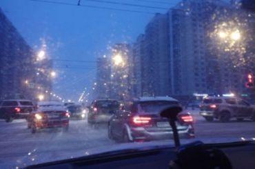 Петербург утром 3февраля встал вдевятибалльных пробках