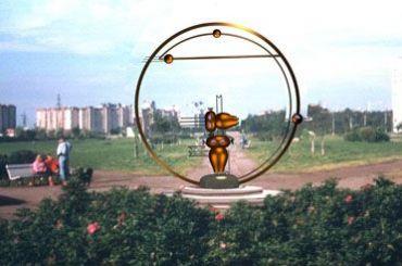 Петербургский художник предлагает установить памятник Героям-инопланетянам