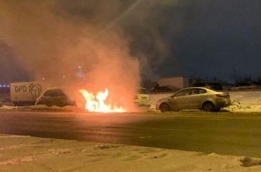 Три «Мерседеса» сгорели рано утром вКупчине