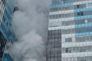 Спасатели тушили пожар вЖК «Чистое небо»