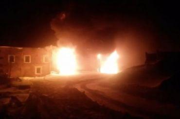 Спасатели несколько часов тушили масштабный пожар наВалааме