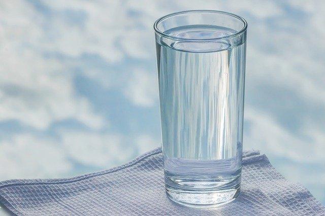 glass-2875091_640.jpg