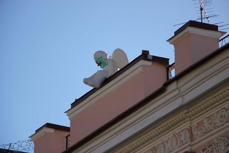 ангел на крыше.jpg